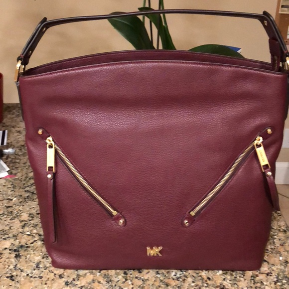 a34009da3619 MICHAEL Michael Kors Bags | Michael Kors Evie Large Pebbled Leather ...